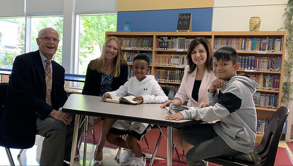 Curriculum Advisory Panel chair, Angus McBeath and vice-chair, Jen Panteluk (left), along with Education Minister Adriana LaGrange (right) meet with students at St. Teresa of Calcutta Elementary School in Edmonton.